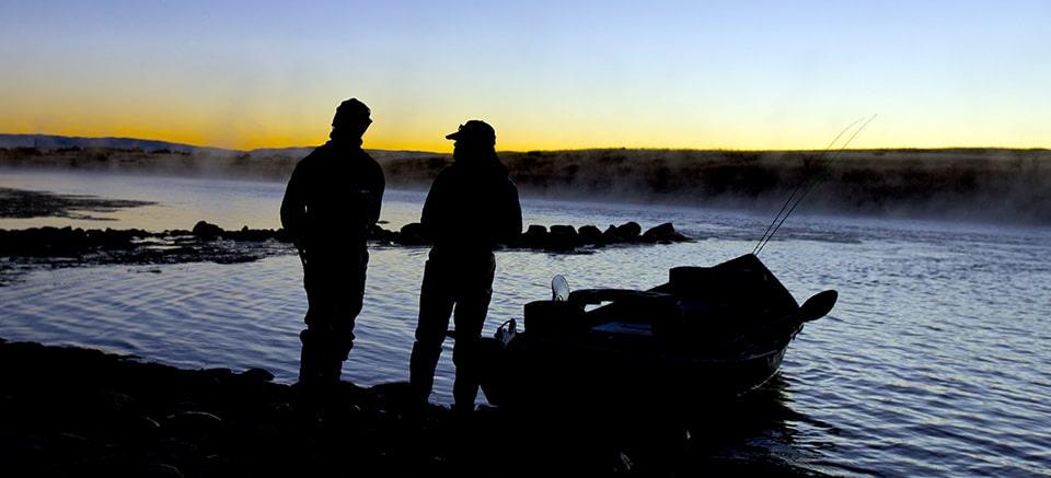 Wyoming fly fishing shuttles grey reef fishing shuttles for Casper wyoming fly fishing