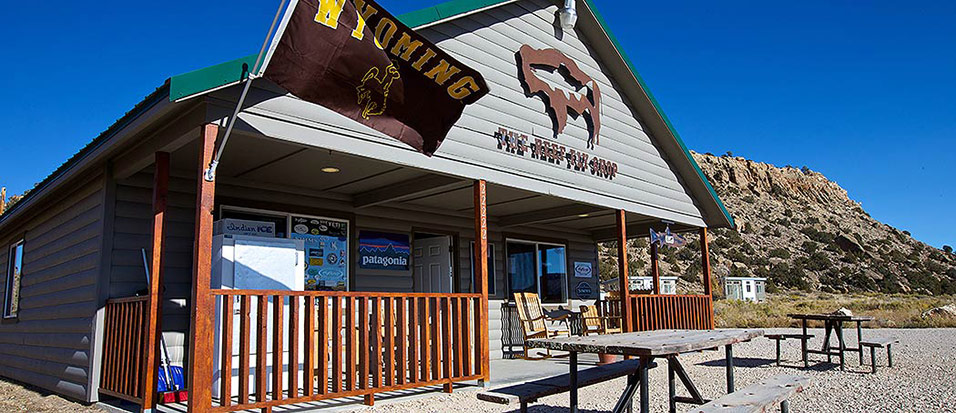 The-Reef-Fly-Shop-Exterior-Alcova-Wyoming-North-Platte-River